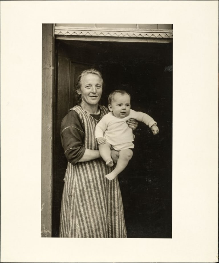 Proletarian mother, 1927 by August Sander