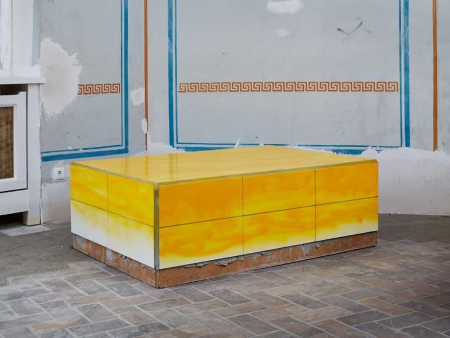 Narzissengelb (Low) by Calla Henkel & Max Pitegoff