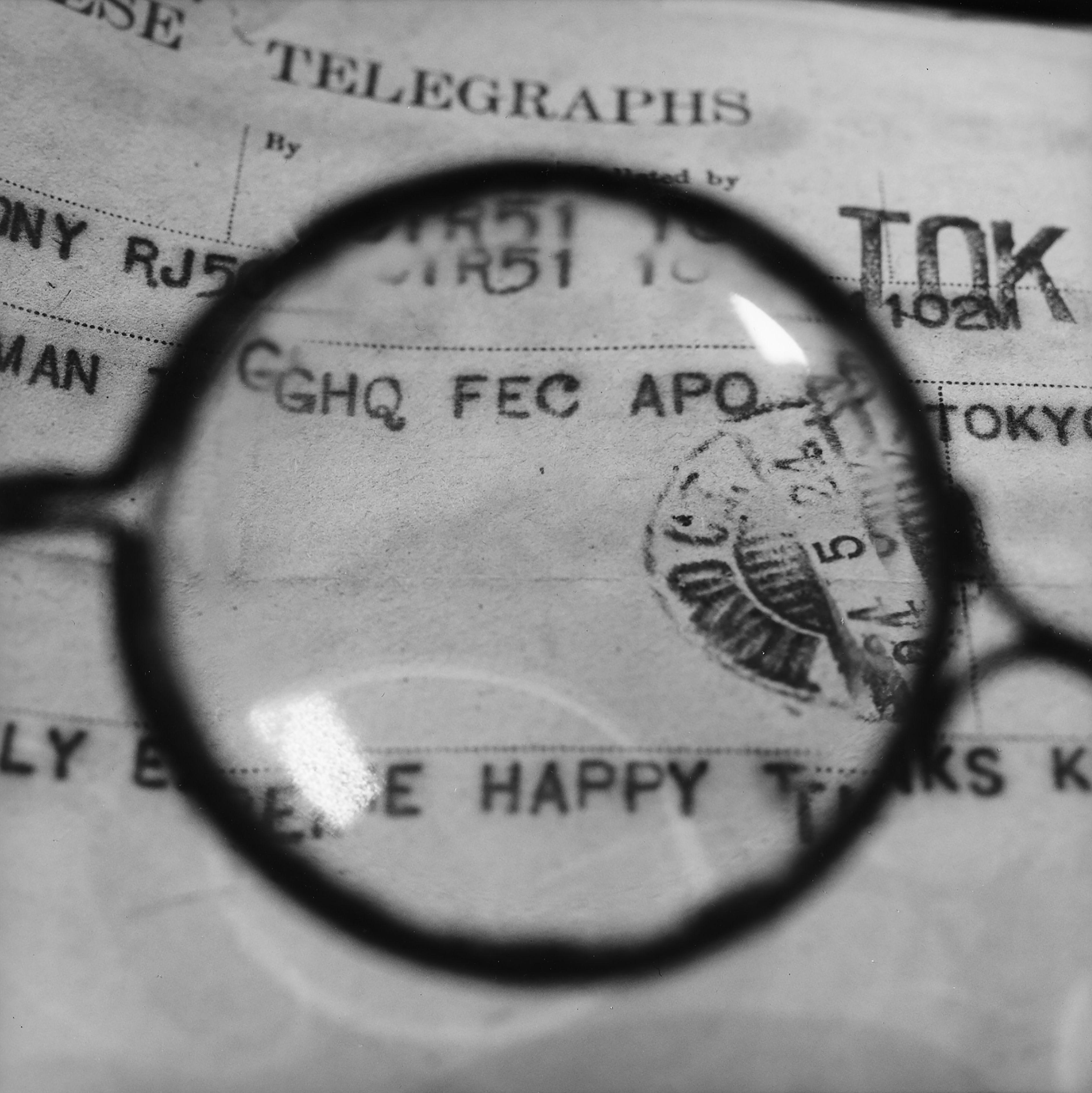 Foujita's Glasses - Viewing a telegram he sent to GHQ officer Sherman who helped him leave Japan by Tomoko Yoneda