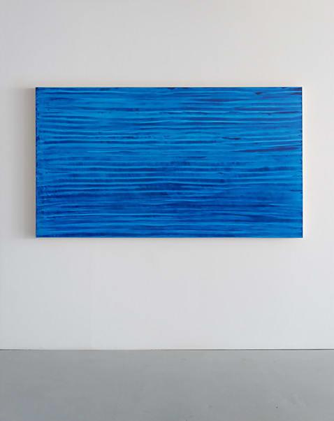 Monochrome - Girly (Ocean Blue) - série 3 by Jean-Luc Moulène