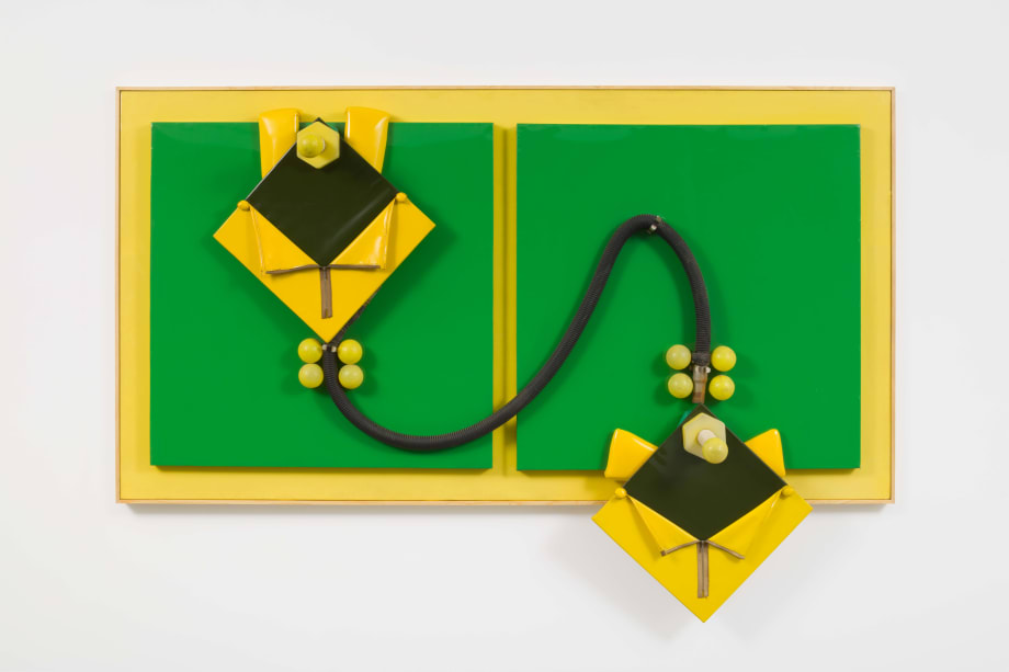 Green and yellow lovers by Miguel Ángel Cárdenas