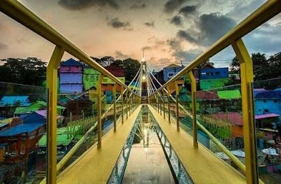 Jembatan Kaca Malang