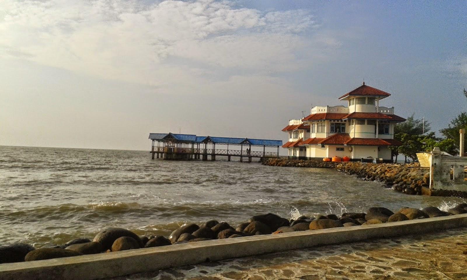 wisata pekalongan pantai pasir kencana