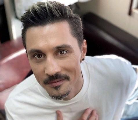 Дима Билан на карантине пересматривает свои архивные видео