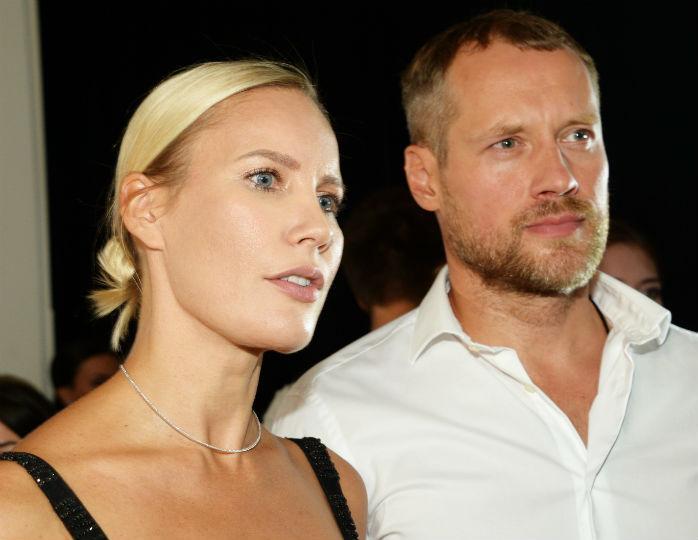 Елена Летучая в белом платье-сорочке появилась на праздновании дня рождения мужа Нюши
