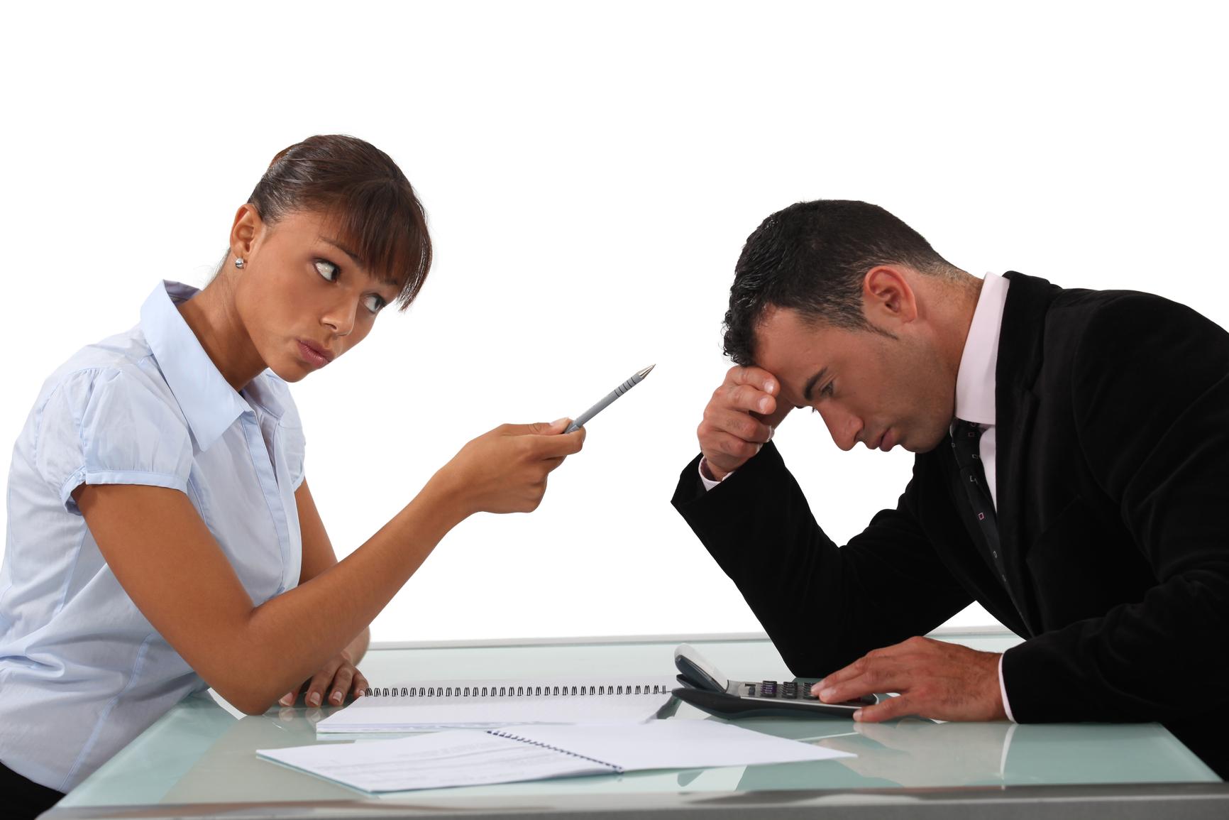 Как наложить дисциплинарное взыскание на работника