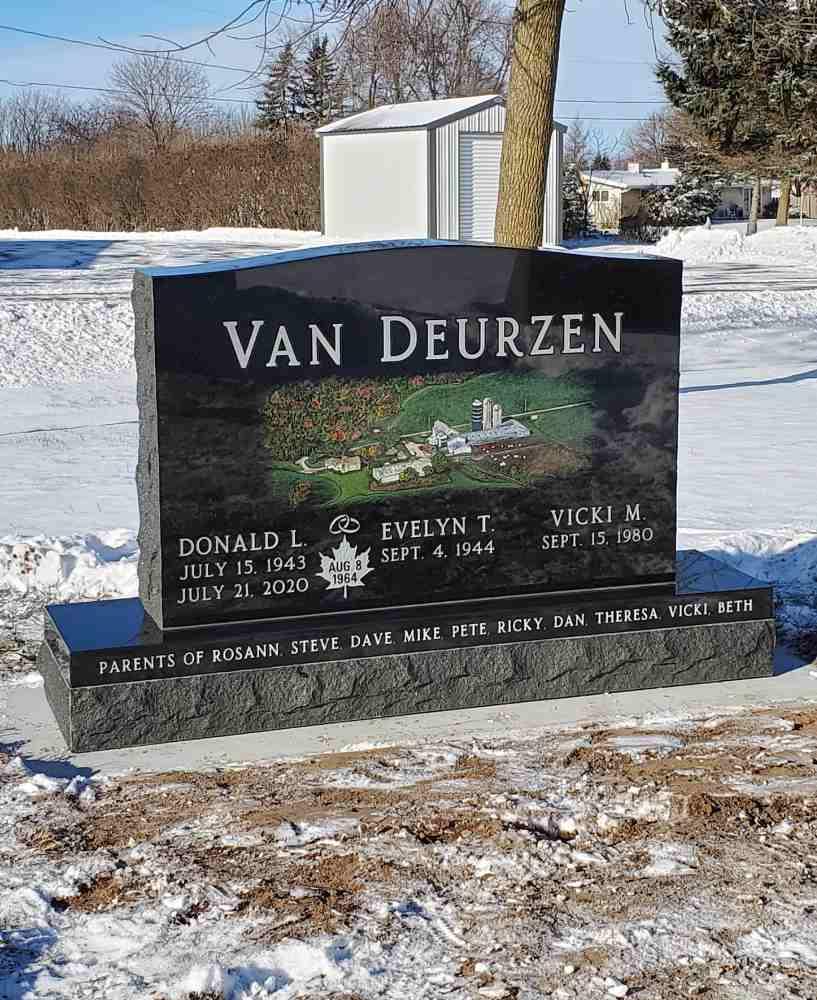 Multiple Memorials photo 3 of 3