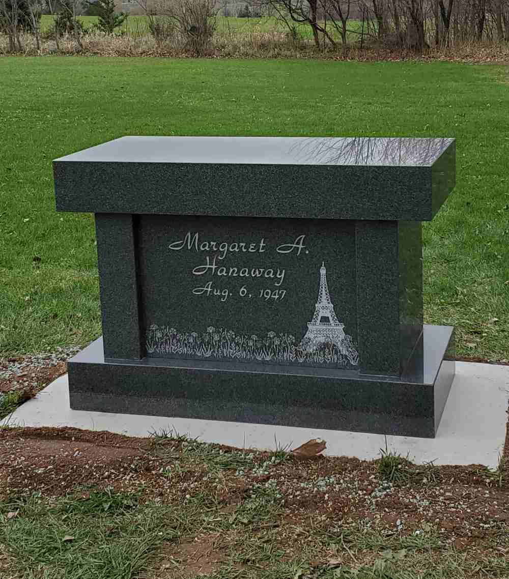 Single Memorials photo 9 of 13