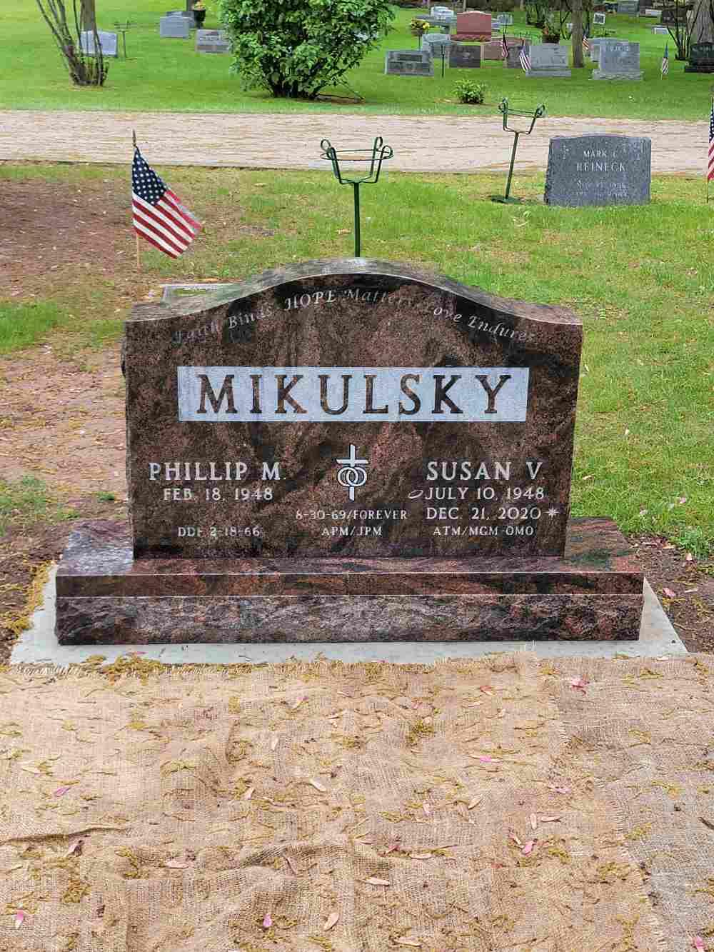 Double Memorials photo 32 of 37