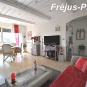 Sale apartment Fréjus 275000€ - Picture 1