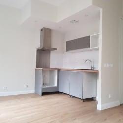 Bordeaux - 2 pièce(s) - 42 m2 - Rez de chaussée