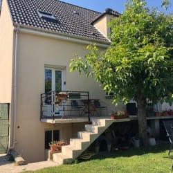 Maison Le Plessis Pate  6 pièce(s) 167 m2