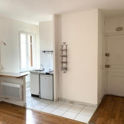 Asnieres Sur Seine - 2 pièce(s) - 32 m2 - 1er étage