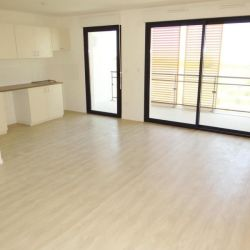 Chasseneuil Du Poitou - 3 pièce(s) - 64 m2 - 4ème étage