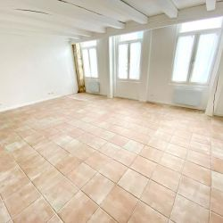 Paris 20 - 3 pièce(s) - 105 m2 - Rez de chaussée