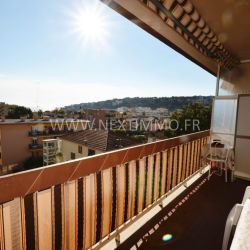 Appartement 57 m² avec Terrasse et Parking