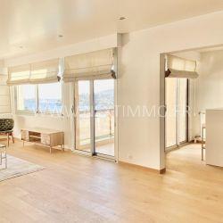 Splendide appartement en dernier étage de 150 m2 en plein centre