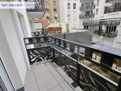 St Denis 93 - 3 pièce(s) - 55.87 m2 - 1er étage
