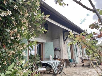 Maison La Cote St Andre 7 pièce(s) 150 m2