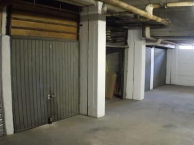 Garage. Ste Marguerite/ Place du Docteur Vauthier. 12 m2 environ