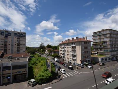 T1 + balcon + cave vendu Loué secteur St Joseph
