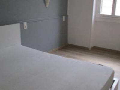 Nimes - 1 pièce(s) - 15 m2 - 1er étage
