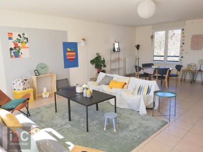 Divonne Les Bains - 4 pièce(s) - 160 m2 - 3ème étage