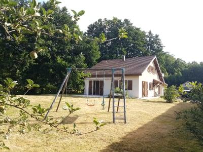 Pavillon de 1998 agrandit en 2012 avec 7 pièce(s) d'une surface