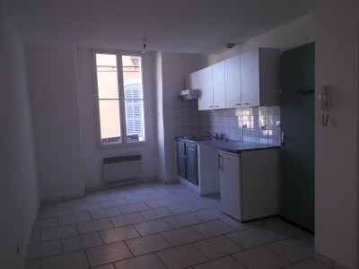 St Maximin La Ste Baume - 2 pièce(s) - 35 m2 - 1er étage