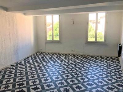 St Maximin La Ste Baume - 2 pièce(s) - 50 m2 - 2ème étage