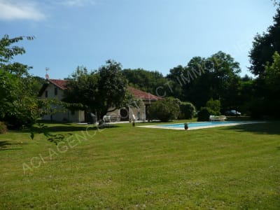 Landes house (typical) 8 rooms