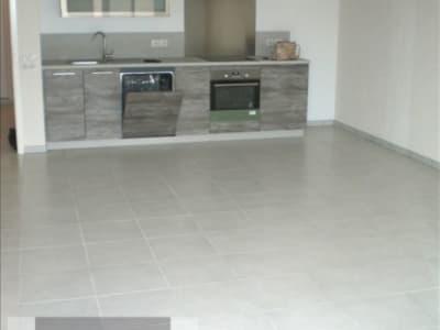 St Genis Pouilly - 3 pièce(s) - 70.94 m2 - 2ème étage