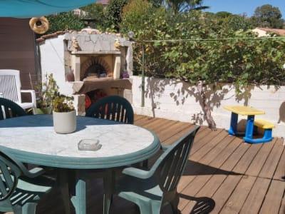 Belle Maison T5 spacieuse avec terrasse, garage , secteur calme