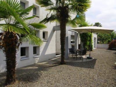 Maison Jurancon 7 pièce(s) 220 m2 avec dépôt 260 M2