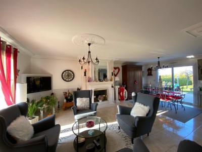 BELLE MAISON MONTLOUIS SUR LOIRE 6 pièce(s) 125 m2