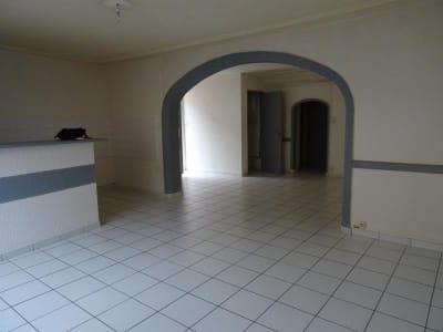 Roanne - 3 pièce(s) - 86 m2 - Rez de chaussée