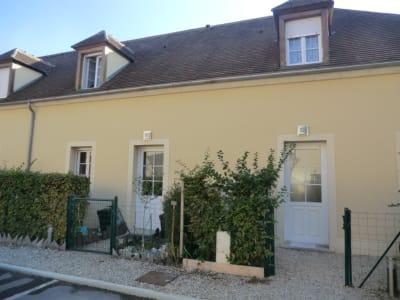 Thiers-sur-thève 74 m²  - 3 pièce(s)