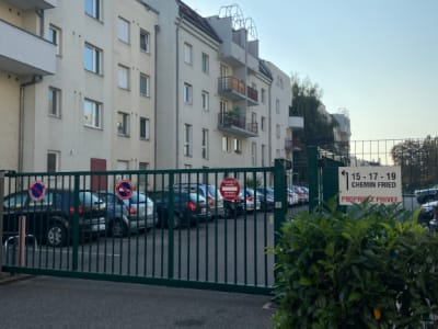NEUDORF - Place de parking en sous-sol