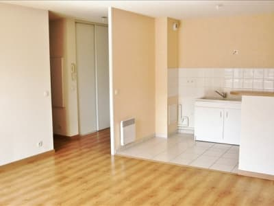 Lons - 3 pièce(s) - 64 m2 - 1er étage