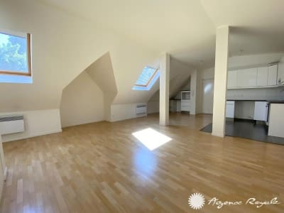 St Germain En Laye - 3 pièce(s) - 82.05 m2 - 2ème étage