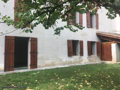 Castelmoron sur Lot, appartement T3 avec jardin