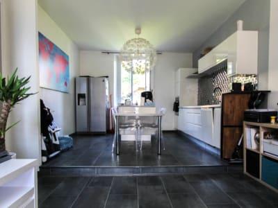 Appartement de type 4 - proche centre ville -  72 m² - Aix Les B