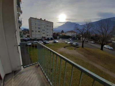 Appartement Fontaine - 3 pièce(s) - 62.0 m2
