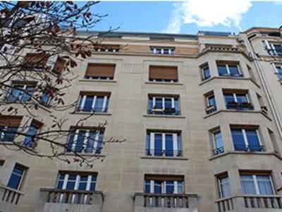 A louer meublé adorable 2 pièces avenue Hoche 75008 Paris