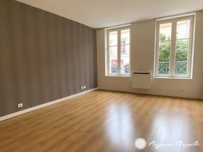 St Germain En Laye - 1 pièce(s) - 22.9 m2 - 1er étage