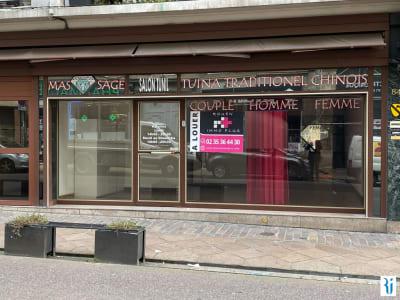 Local commercial Rouen 109.29 m2