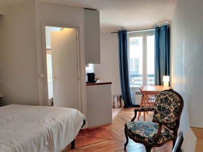 Paris 07 - 1 pièce(s) - 23 m2 - 2ème étage