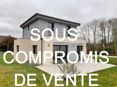 Maison Ploneour Lanvern 4 pièce(s) 120 m2