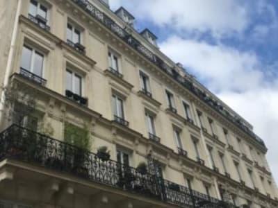 Paris 17 - 1 pièce(s) - 8 m2 - 6ème étage