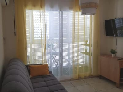 St Denis - 1 pièce(s) - 18.8 m2